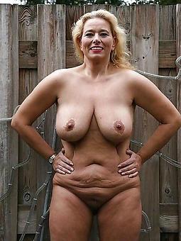 old lady solo amature sexual intercourse pics