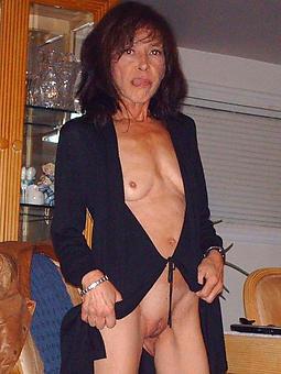 skinny mature small tits porno pics