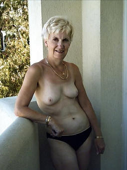 mature with small tits free porn