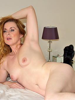 small tits mature women amatuer