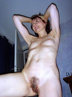 skinny adult small tits easy naked pics