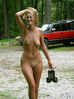 mature lean milf porn galleries