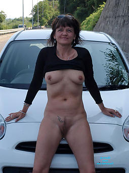 scrawny mature women porn pic