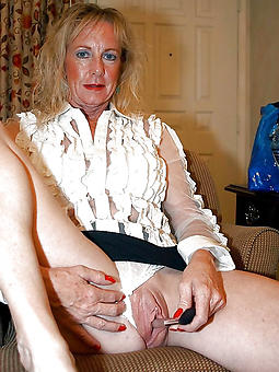 stripped shaved mature cunts amatuer