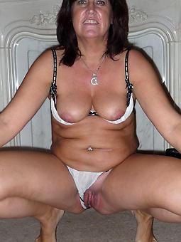 pure mature women shaving porn pics