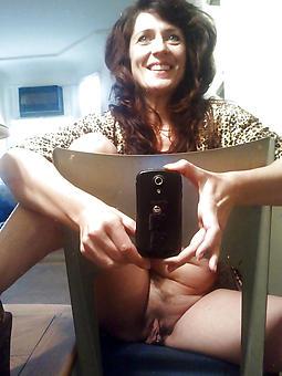 motive mature selfshot porn pics