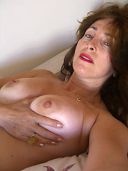 hot pictures be fitting of mature daughter selfshot pussy
