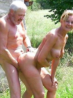 coition close to mature ladies amateur porn pics