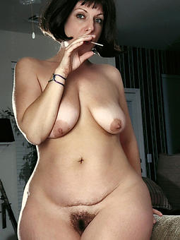 nude pictures for curvy ladies