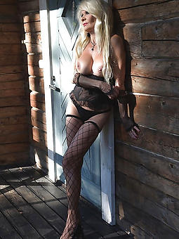 wild hot older babes porn pics