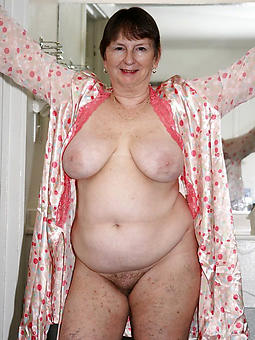 nice chubby mature ladies porn pictures