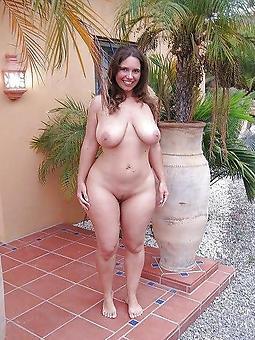 nude curvy nude ladies twit