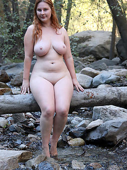 Woman naked curvy Curvy Mature