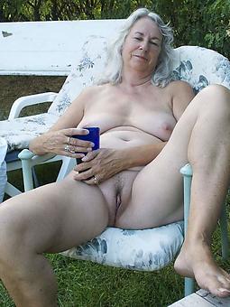hot older moms amature porn