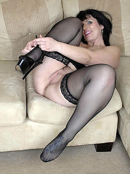 porn pictures of moms in the matter of heels