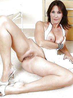 moms legs porn pics