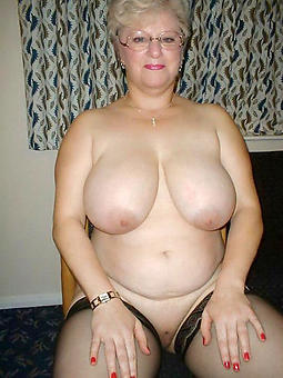 cougar busty lady pics
