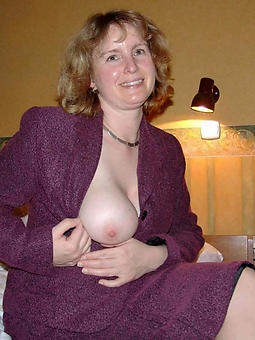 sexy lady wife unorthodox porn pics