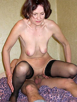 pretty mom sexual relations pics
