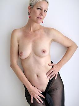 beautiful denude moms amature sex pics