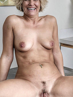 amature grown-up pussy closeup pics