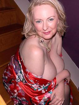 amature elegant mom pics