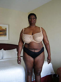 black mom pussy freebooting