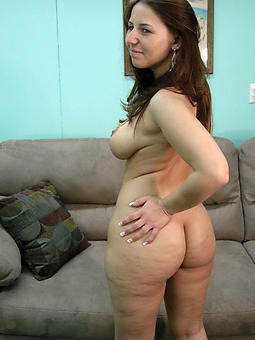 mom ass pics