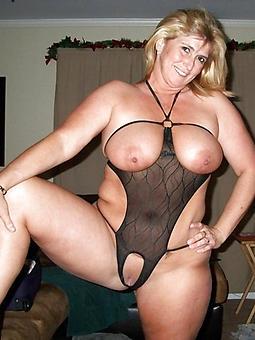 hot mom sexy banditry