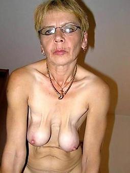 hotties moms saggy tits