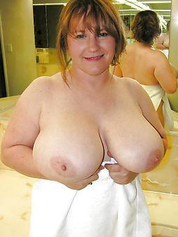 hotties beautiful busty ladies