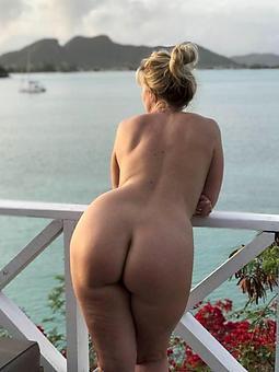 hotties chubby booty moms pics
