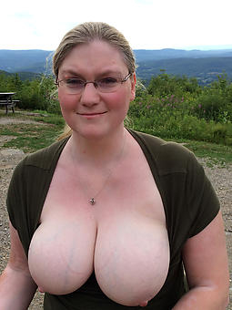 undeniably moms with big boobs