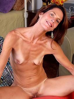 amature skinny mom porn pics