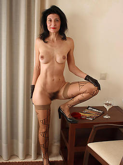 reality skinny mature compacted tits pics