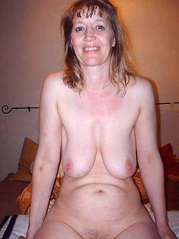 pretty moms saggy tits photos