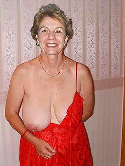 amature nude ladies over 60 hot pics