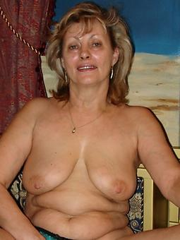 reality huge bosom mom pictures
