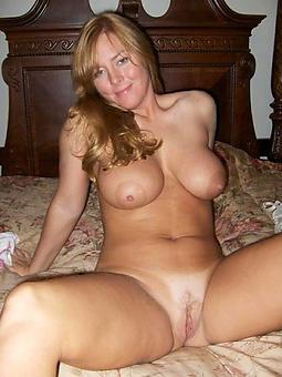 naked gentlemen boobs