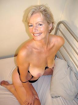 spectacular defoliate moms erotic pics