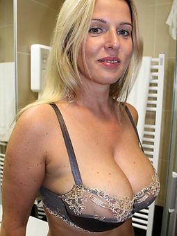 beautiful nude mature ladies truth or dare pics