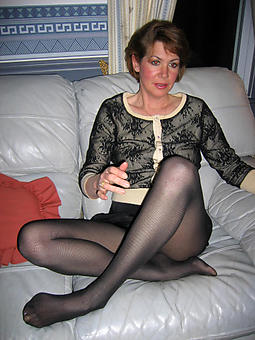 sexy ladies just about pantyhose tyro free pics