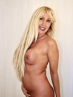 big bonny moms erotic pics