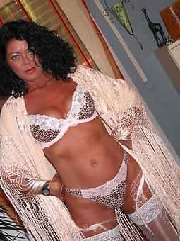 reality beautiful nude mature ladies porch