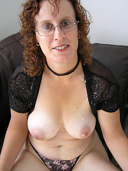 hotties age-old wife pussy pics