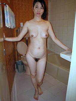 asian hot moms free porn pics