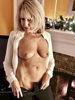 classy nude moms xxx pics