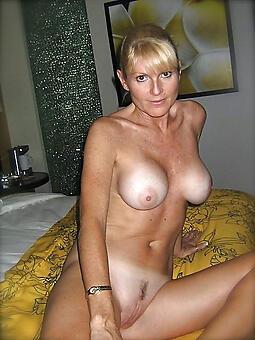 mature ladies special amateur Bohemian pics