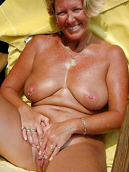 porn pictures of sexy grown-up mama tits