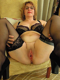 mature ladies veldt stockings xxx pics